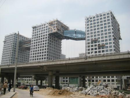 Steven Holl\'s \'Linked Hybrid\' development in Beijing