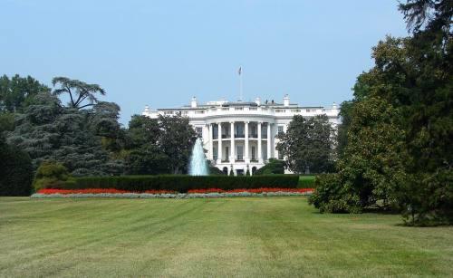 white-house-garden
