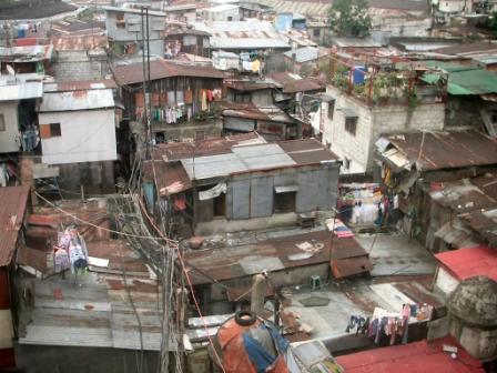 manila-slum-cmpats