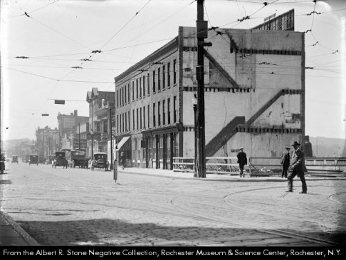 Court and South looking south 1921