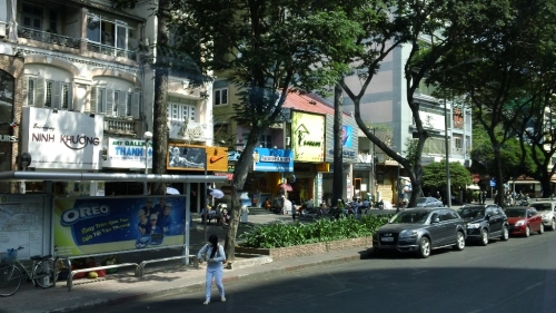 Saigon Street Scene 02