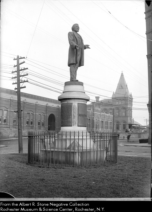 douglass-monument-1906