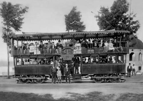 Double-Deck-Streetcar-Lake-Merritt-Oakland-c-_art